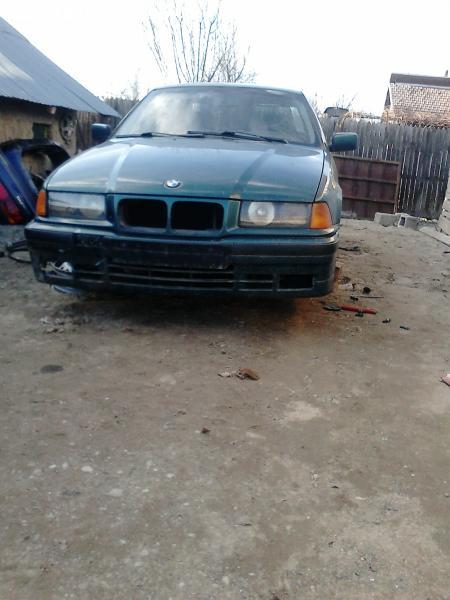 Dezmembrez BMW318