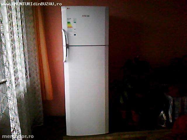Vand frigider Arctic D326 A+