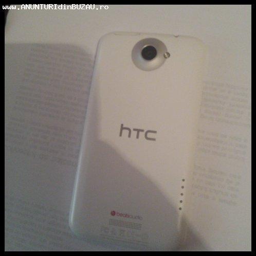 Vand HTC One X Alb impecabil