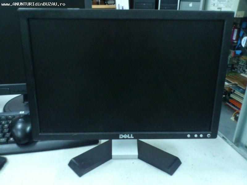 """Vand Monitor LCD DELL 17"""" stare foarte buna"""