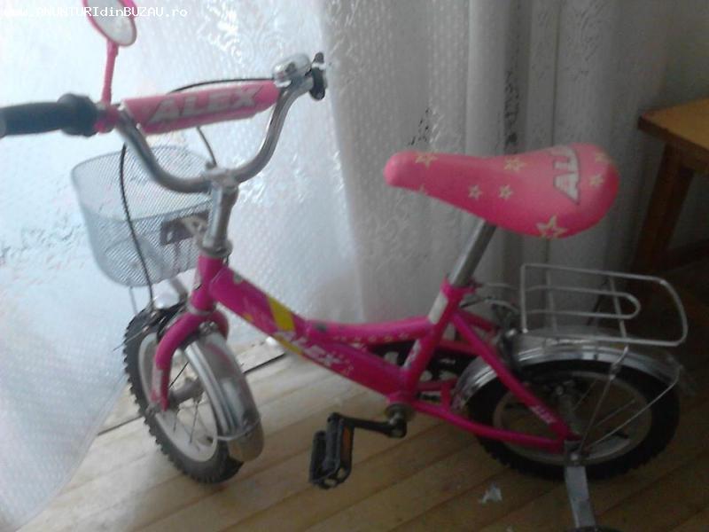 Vand biciclata pentru fetitze