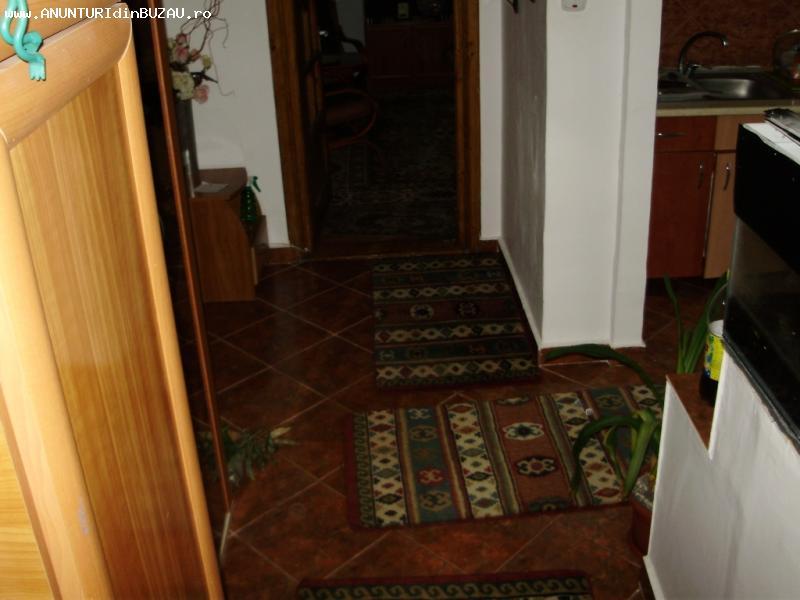Vând apartament cu 2 camere- UNIRII NORD(972)