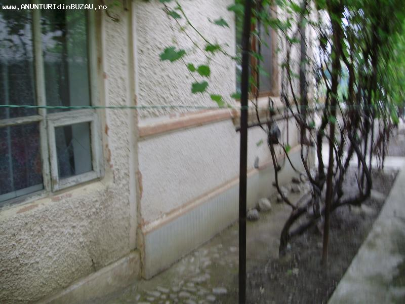 Casa veche din caramida, zona Dorobanti [923]