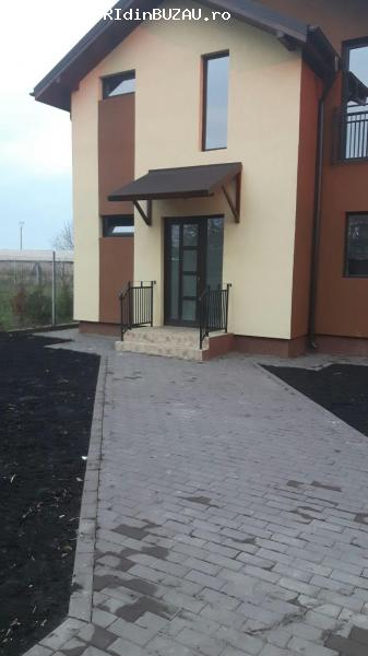 Casa moderna la 7 km de Buzau