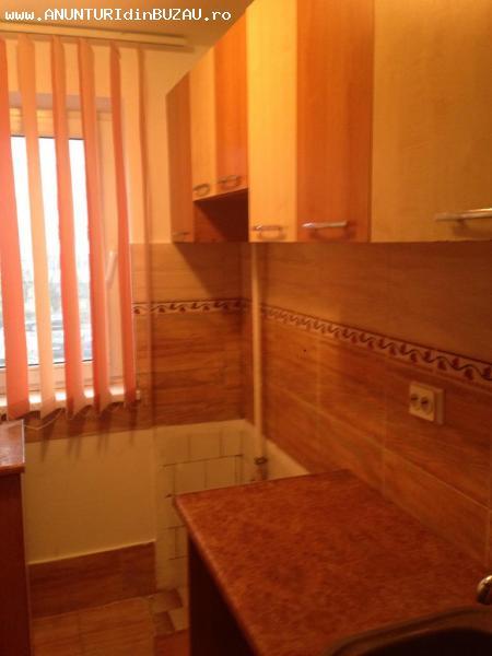 Inchiriere apartament 2 camere Micro 14