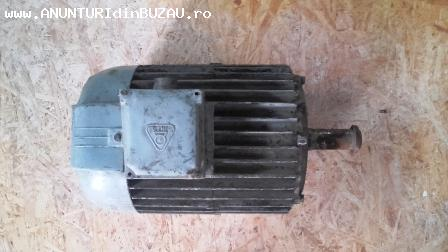 Vând motor trifazat - 5,5 KW, 1.500 rot/min