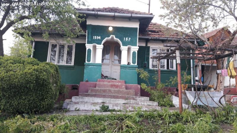 Se vinde o casa situata in Grajdana