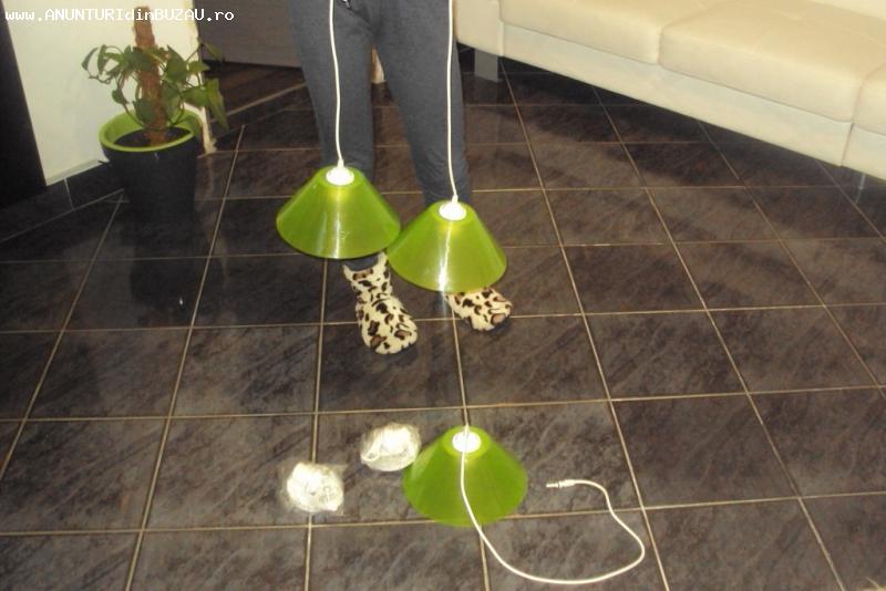 3 corpuri ilumint tip pendul  noi  culoare verde