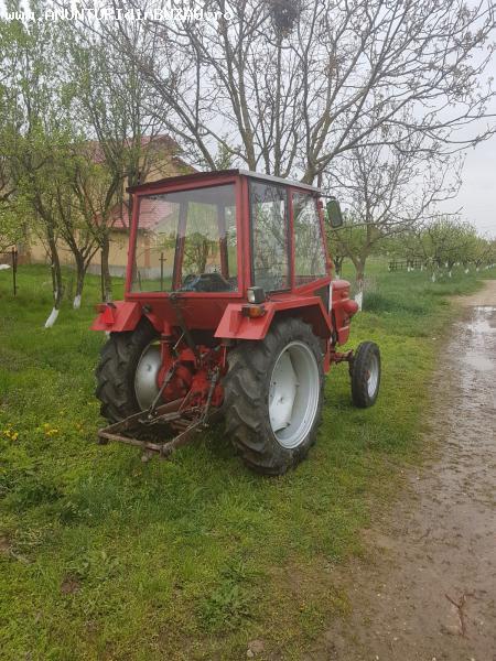 Vand tractoras U445,s