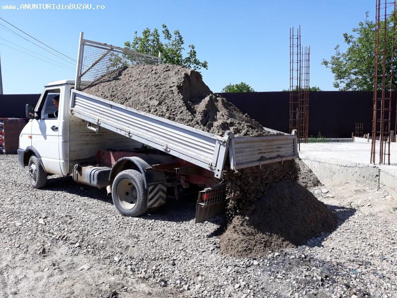 Transport basculabil Nisip.bazarca piatra pamant moloz Marfa