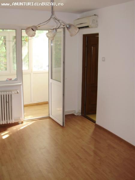 Apartament 2 camere Micro 14, etaj 1, 37 mp