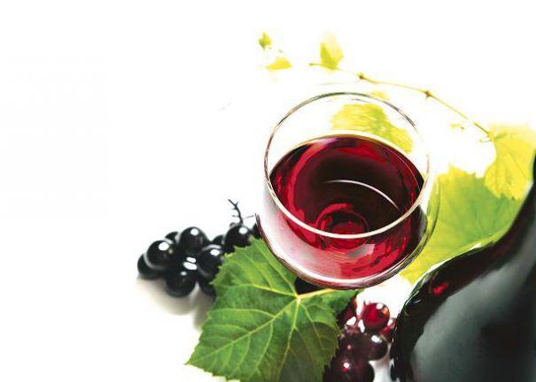 Vând vin merlot