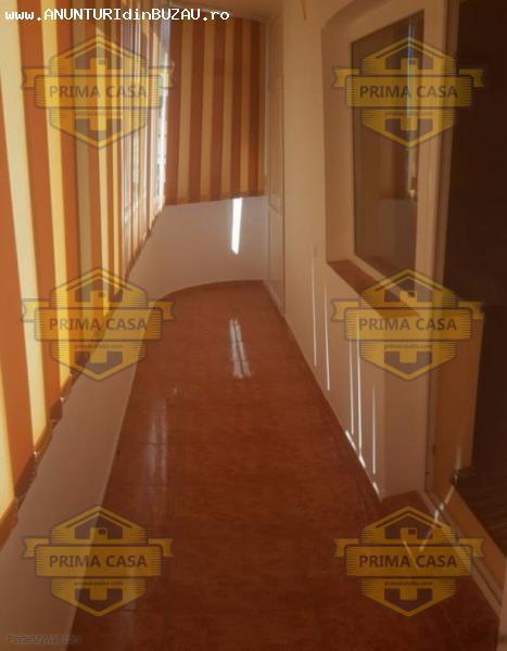Apartament cu 3 camere zona 1 Decembrie; etaj intermediar;