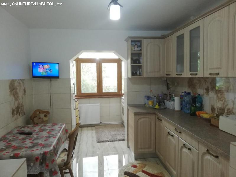 Vanzare apartament 2 camere zona Sala Sporturilor