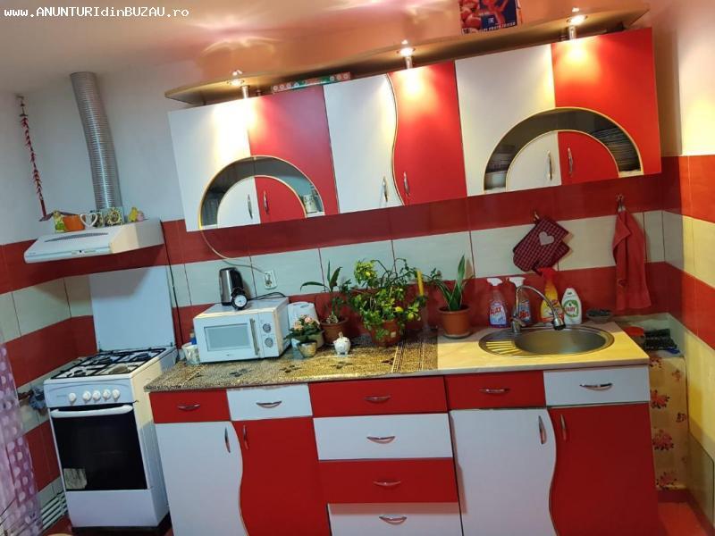 Vanzare apartament 2 camere zona BROSTENI