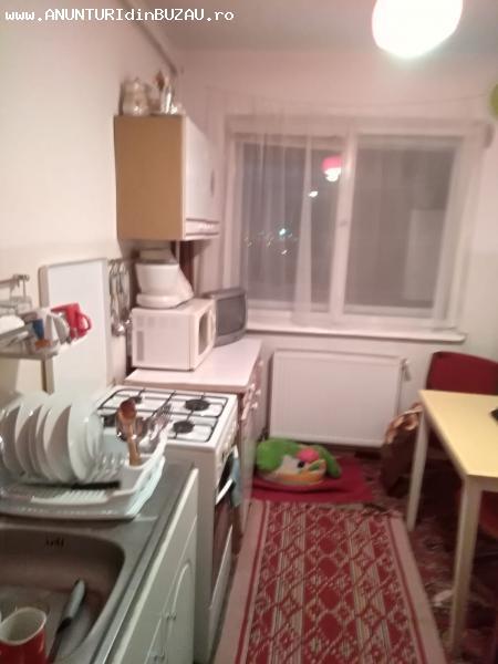 Apartament 3 camere,  zona Micro 5
