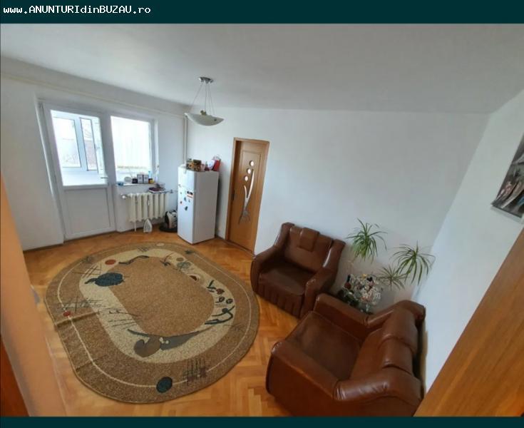 Apartament de vanzare 2 camere Micro 14