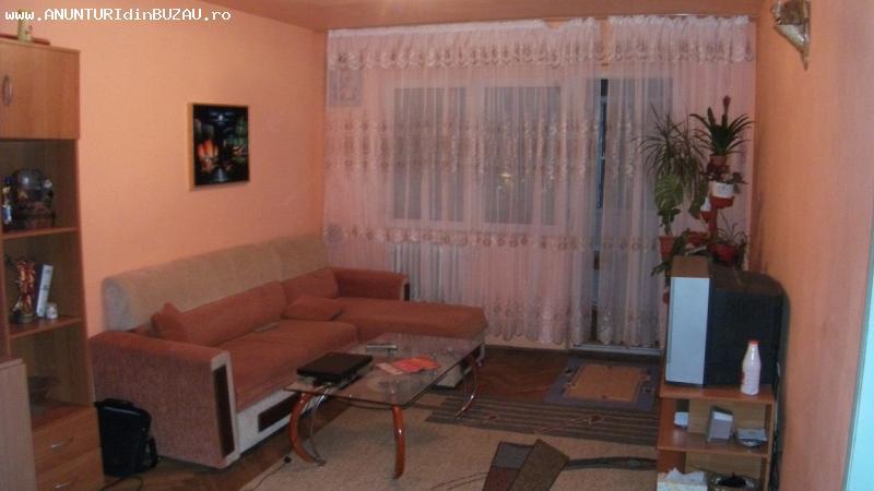 Vand/Schimb apartament 3 camere Zona Carrefour