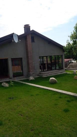 Casa de vanzare Comuna Breaza, Sat Greceanca, compusa din :