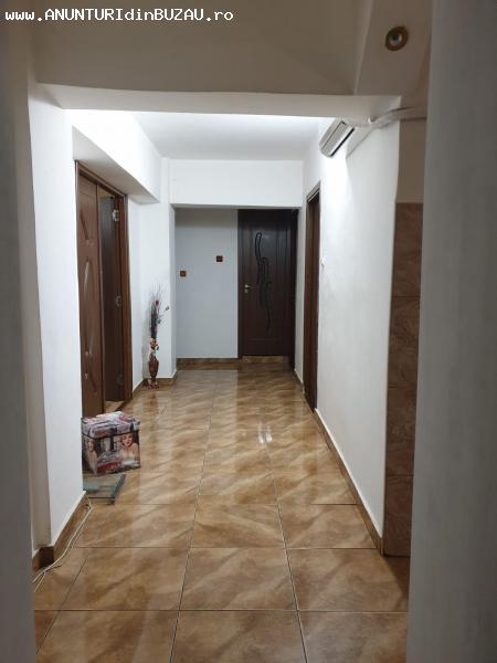 Apartament 4 camere,  zona Unirii (ACR)