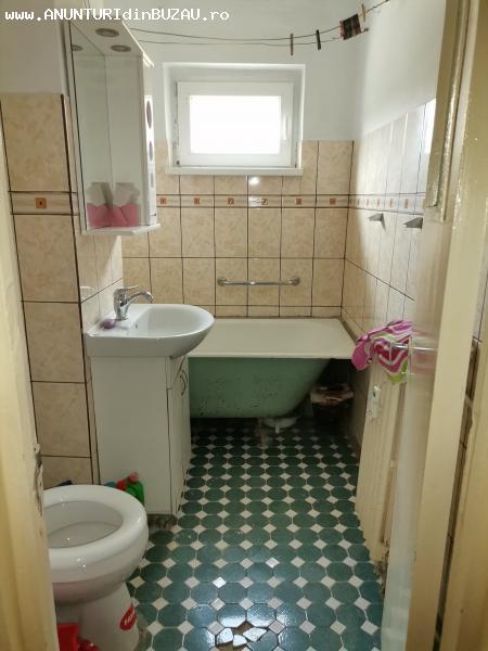 Apartament de inchiriat 3 camere Buzau, Micro 14