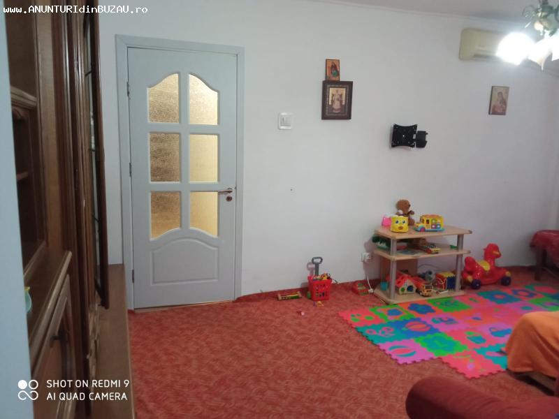 Apartament de vanzare, 3 camere, Micro 3